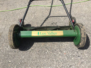 Lee Valley Reel Mower - 20""