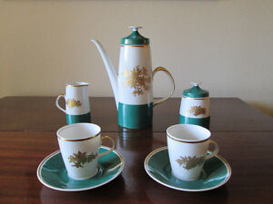 TEA FOR TWO FINE CHINA 9 PIECE SET