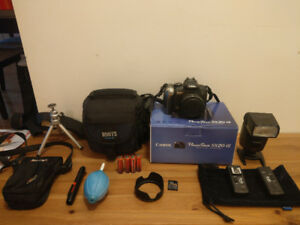 (Like New) Canon Powershot SX20 IS Digital Camera + accessories