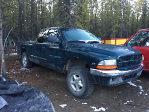 1997 Dodge Dakota Sport 4x4 Pickup Truck
