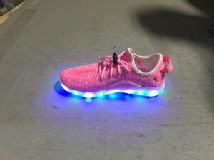 LED Girls pink shoes Size 3