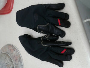 The North Fcae Summit G3 Winter Gloves
