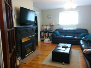 All inclusive 3 bed/1 bath Character Parkdale home Avail Nov 1st