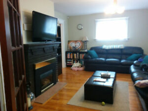 All incl. 3 bed/1 bath Pet Friendly Parkdale home Avail Nov 1st