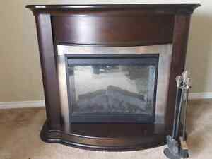 "Dimplex 30"" Electric Fireplace Insert With Espresso Mantel"