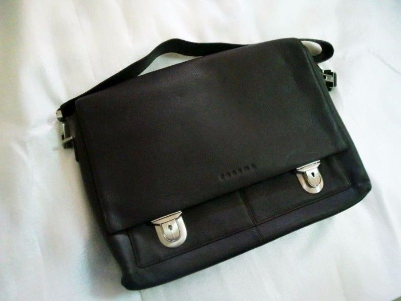 ~~~BaReLy USED ReNoMa Leather Laptop (NoteBook) Bag $88~~~