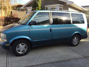 1996 Chevrolet Astro LT Minivan, Van