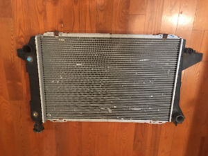 Radiator for Ford CU1452 , used