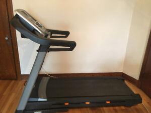 Nordictrack C800 (2.75 CHP) treadmill