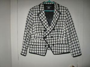 Women Beautiful Blazer