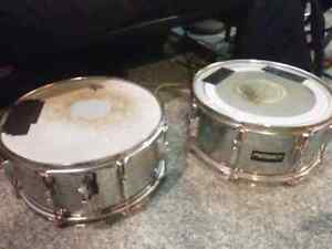 Snare drums and other misc. drum stuff: 20$ OBO