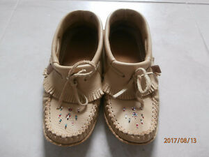 Men's Fringed Moccasin Slippers