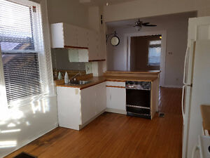 2 BEDROOM APARTMENT AVAILABLE FEB 1ST Peterborough Peterborough Area image 1