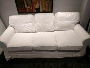 Canapé convertible en lit deux places (matelas inclus)