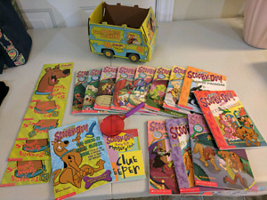 Scooby-Doo Book Collection & Mystery Van Book Box