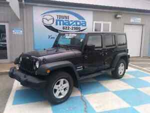 2014 Jeep Wrangler (Sport Unlimited) only 24,000km!!!