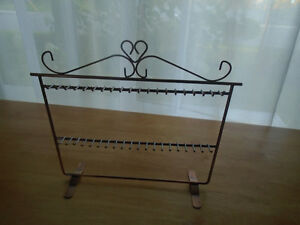 ♦Jewelry holders never used 7$♦  Dimensions 9 / 12 inches  ***PL