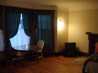 Uptown Room for Rent