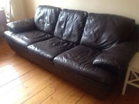 Lovely 3 seater brown leather sofa!