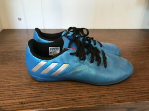 Soccer Shoes - Indoor