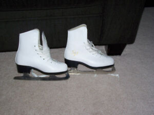 Girls Figure Skates Size 1