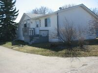 6 MONTHS FREE LOT RENT! 1508sqft, 4bed+2bath in PLV!