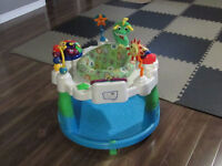 SAUTEUSE POUR BEBE/BABY EXERSAUCER FOR SALE!!