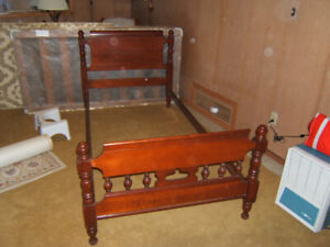 Spindle Single bed frame. Solid hard wood. Quality from the 60's