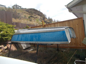 12 foot alum for sale/9.9/electric motor/ suncover with rack