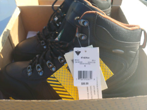 1da409f19a7 Vibram Shoes | Kijiji in Ontario. - Buy, Sell & Save with Canada's ...