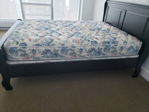 Queen Box Spring Buy Or Sell Beds Amp Mattresses In