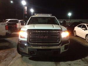 BEST PRICED 2015 DURAMAX IN ALBERTA. Must sell quick only 35k km