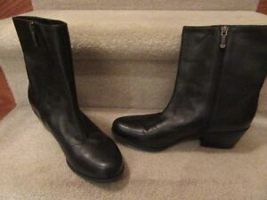 Black leather ankle boots London Ontario image 1