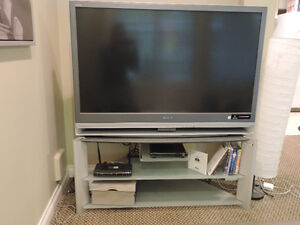 TV SONY and glass TV stand