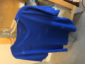 Extra large Blue fancy T-shirt with butterflies asking $5