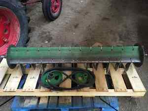 JD 9600 Straw Chopper Assembly