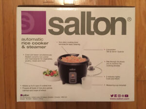 Salton Automatic Rice Cooker and Steamer - 6 Cups