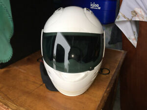 Brand new Icon full face helmet with the carrying bag!! $100 obo