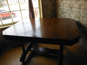 ANTIQUE TABLE FOR SALE London Ontario image 2