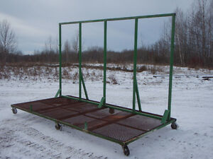 Material cart with support for windows