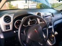 2010 Pontiac Vibe Hatchback- Certified