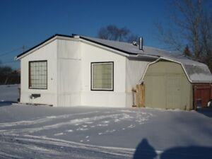36 Eastview Mobile- Quick Possession!