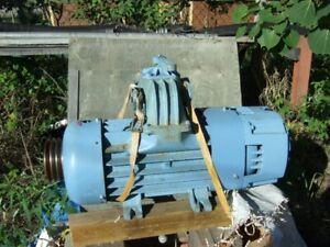 MORO PM80 VACUUM PUMP NEVER USED NEW!