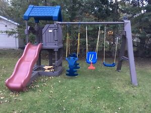 Swing Set Kijiji Free Classifieds In Winnipeg Find A Job Buy A Car Find A House Or
