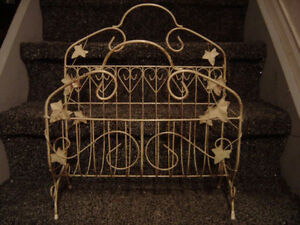 Brand new decorative metal wire magazine stand London Ontario image 1