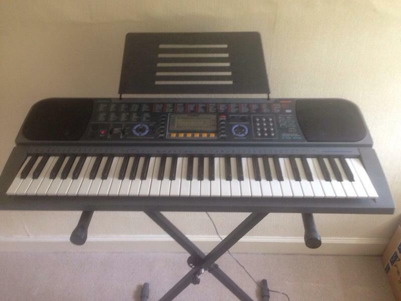 casio digital keyboard in bearsden glasgow gumtree. Black Bedroom Furniture Sets. Home Design Ideas