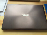 ASUS Zenbook UX303LA. 2 months old with QHD touchscreen