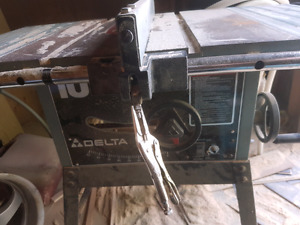 Selling delta table saw