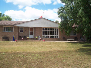 VERY LARGE FAMILY HOME-1700-2000 SQ FT.