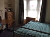1 Double bedroom, North Road CF10 3DZ, close to Cardiff University,